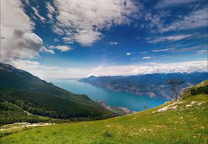 Кътчета от рая - най-красивите италиански езера